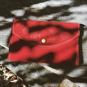 Vintage 70's Red Suede Wallet 🍓